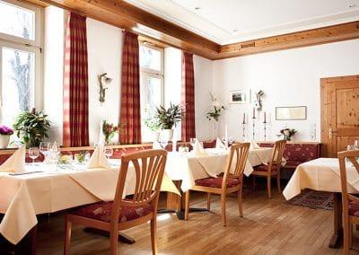 Sasbach-Buergerstube-Restaurant01.jpg