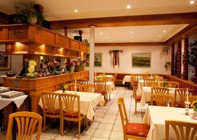 Sasbach-Buergerstube-Restaurant-79361-Sasbach-am-Kaiserstuhl-01.jpg
